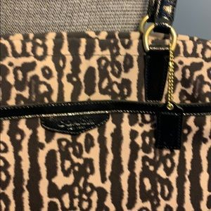 Coach Bags - Coach leopard 🐆 shoulder bag 🐆